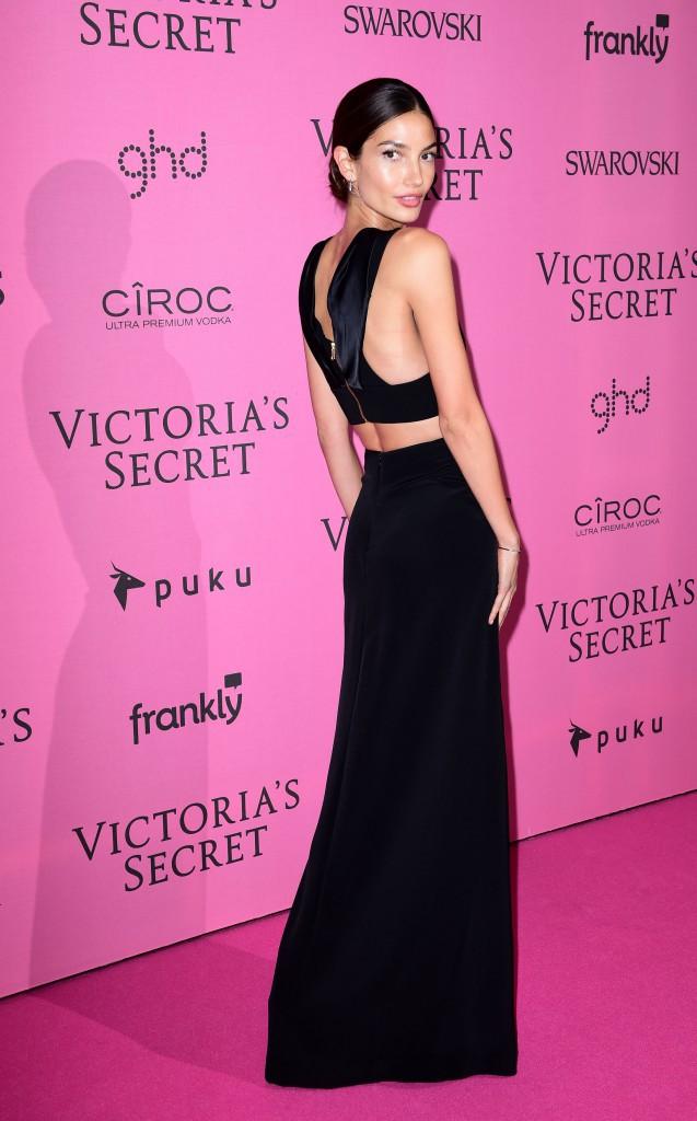 Lily Aldridge le 2 décembre 2014