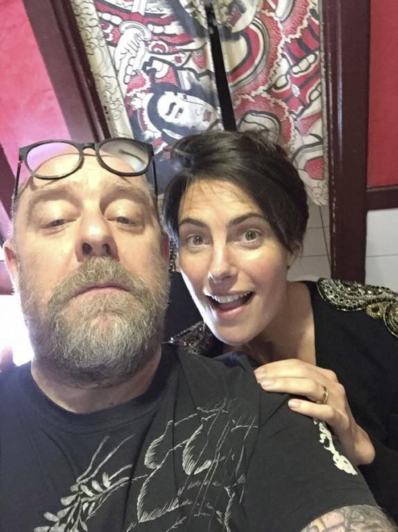 Alessandra Sublet et Julien Doré : entre les mains du tatoueur des stars Tin-Tin !