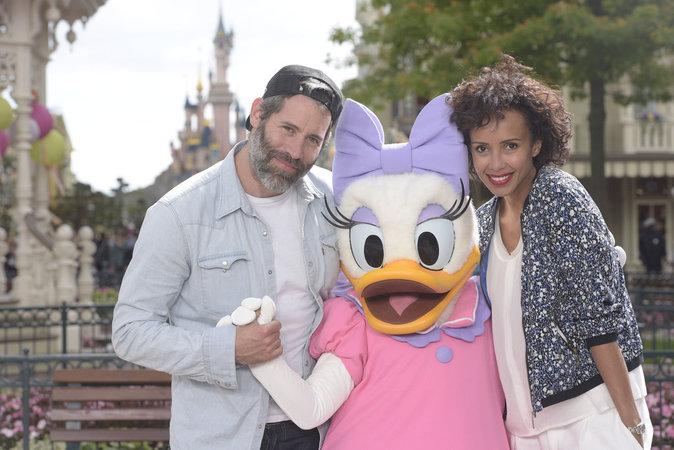 Jalil Lespert et Sonia Rolland lors du lancement du nouveau spectacle de Disneyland Paris, le 2 juillet 2016.