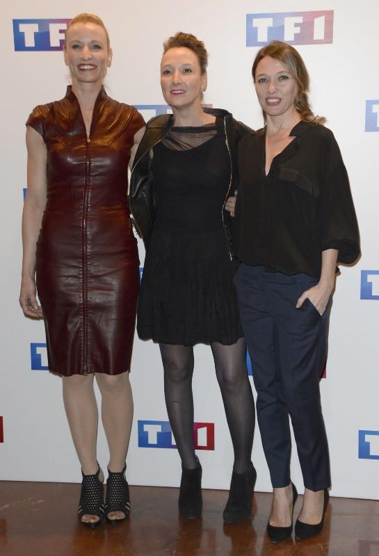 """Alexandra et Audrey Lamy, et Anne Marivin lors de l'avant-première du téléfilm """"Ce soir je vais tuer l'assassin de mon fils"""" à Paris, le 24 ma..."""