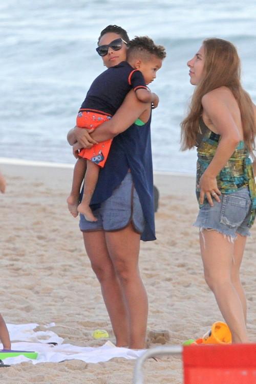 Photos : Alicia Keys : l'Egypt à Rio, c'est le paradis !