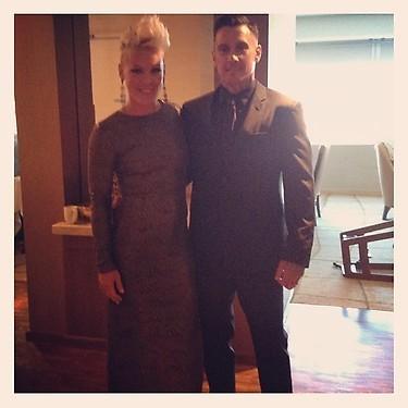 Avec son mari