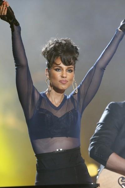 """Alicia Keys lors de la soirée """" 40 Principales Awards"""" à Madrid, le 24 janvier 2013."""