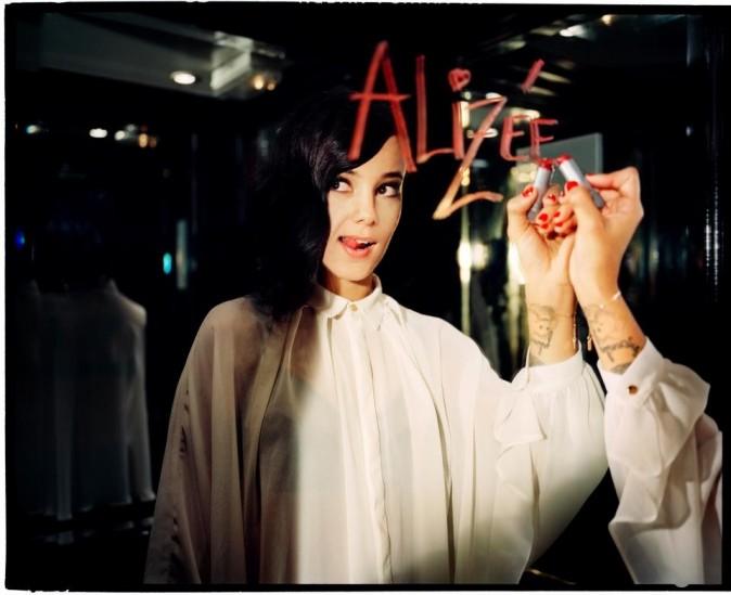 Une photo promo pour la sortie de son nouvel album.