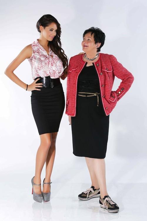 Nabilla et sa grand-mère, Livia, posent pour la saison 2 d'Allo Nabilla