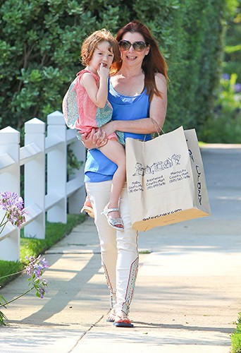 Alyson Hannigan et sa fille Satyana à Los Angeles le 18 juillet 2013