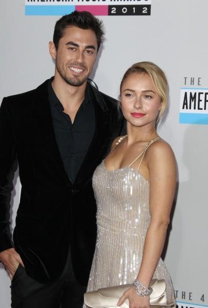 Hayden Panettiere et Scotty McKnight lors des American Music Awards 2012 à Los Angeles, le 18 novembre 2012.