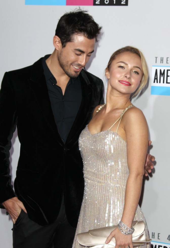 Hayden Panettiere et Scotty McKnight lors des American Music Awards 2012 à Los Angeles, le 18 novembre 2012.