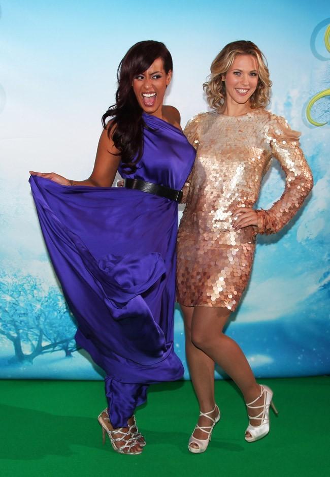 Amel Bent et Lorie à l'avant-première de Clochette et Le secret des fées à Paris le 2 octobre 2012