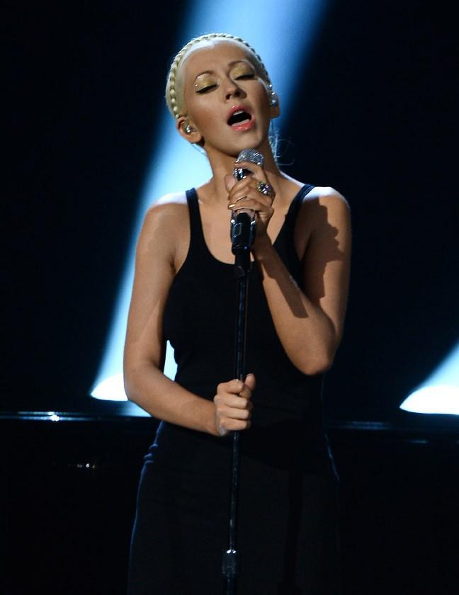 Christina Aguilera à la cérémonie des American Music Awards organisée à Los Angeles le 24 novembre 2013