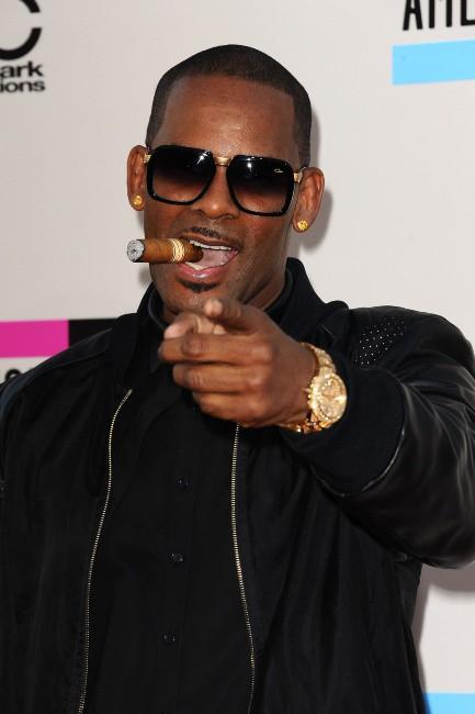 R. Kelly lors des American Music Awards à Los Angeles, le 24 novembre 2013.