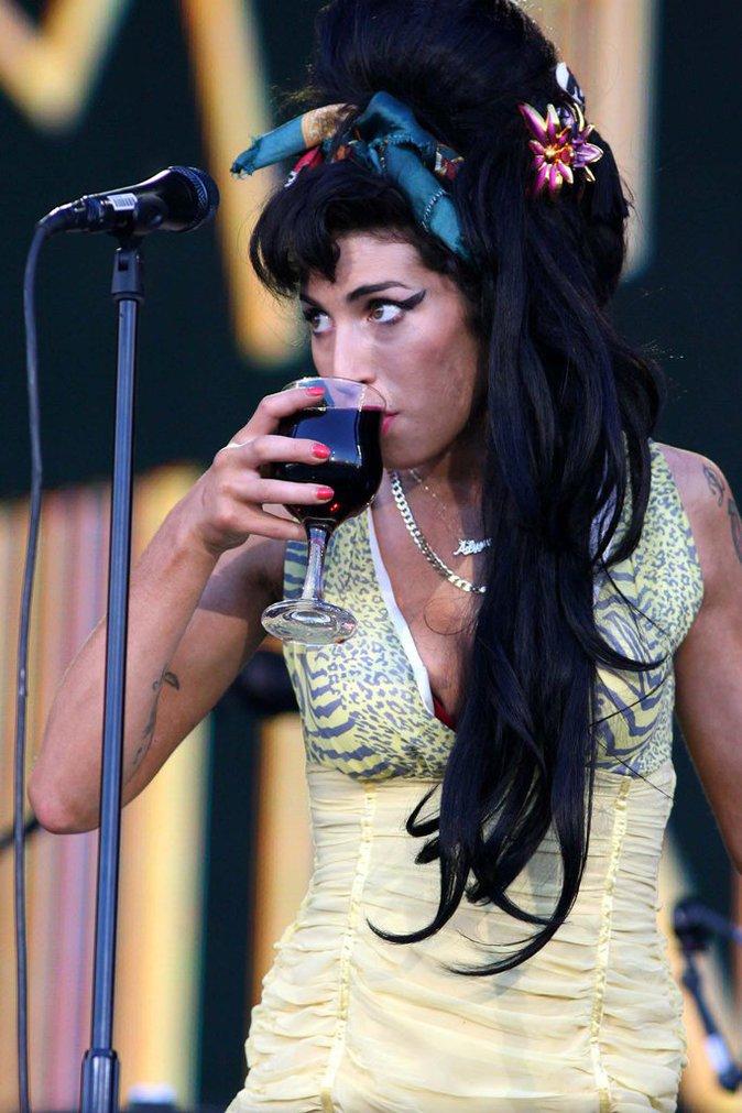 Amy Winehouse a été alcoolique