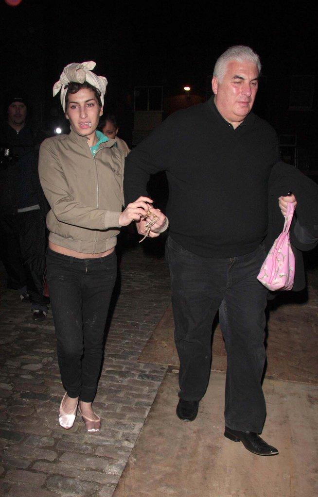 Le père d' Amy Winehouse a été là pour elle quand elle allait mal