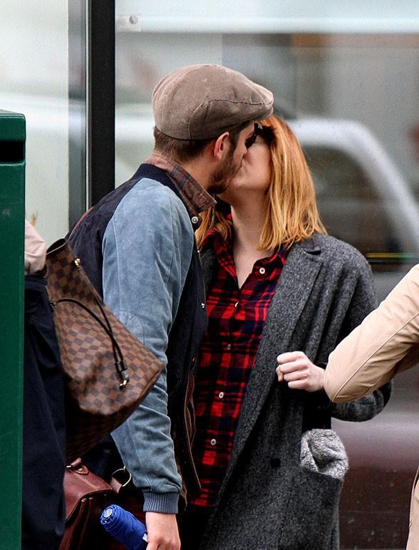 Andrew Garfield et Emma Stone à New-York le 22 mai 2014