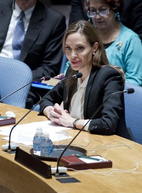 Angelina Jolie au siège de l'ONU à New-York le 24 juin 2013
