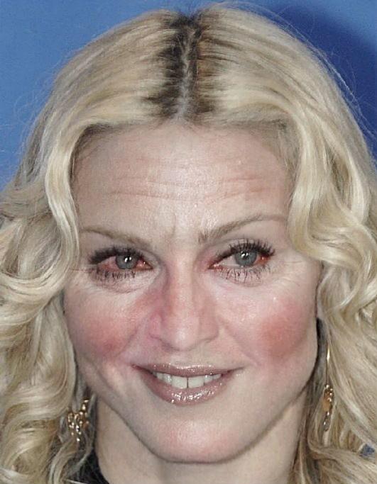Mémé Madonna !