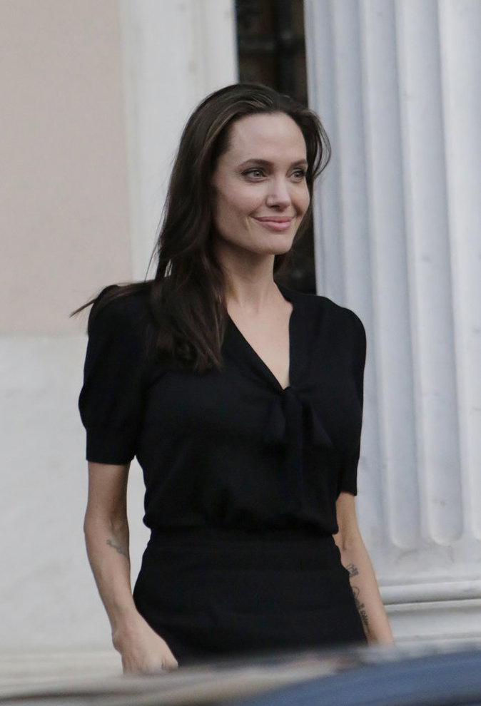 Photos : Angelina Jolie : opération séduction avec le premier ministre grec !
