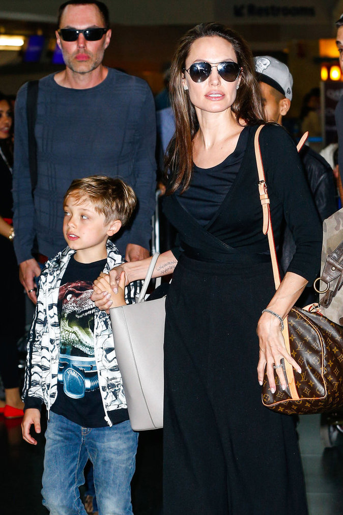 Angelina Jolie et son fils Knox à New York le 17 juin 2016