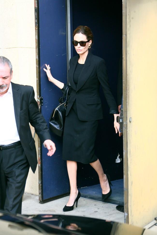 Angelina a deux mètres à faire et pourtant...