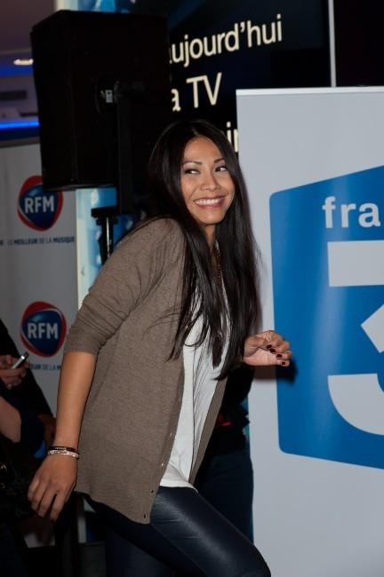 Anggun lors de la conférence de presse de l'Eurovision 2012 à Paris, le 26 avril 2012.