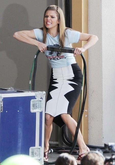 AnnaLynne McCord le 27 février 2013 en tournage à Los Angeles