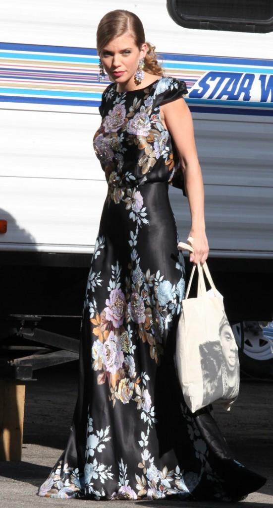 AnnaLynne McCord sur le tournage de 90210 à Los Angeles le 4 février 2013