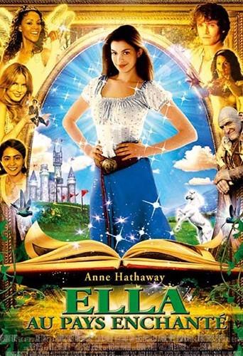 """Anne continue les films pour jeune public dans """"Ella au pays enchanté"""", en 2004."""