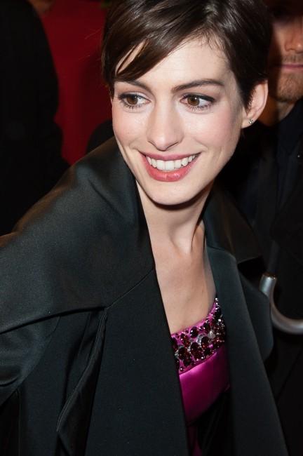 Anne Hathaway le 6 février 2013 à Paris