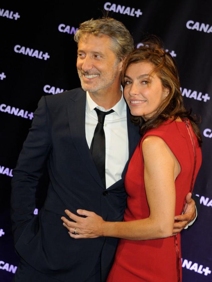 Antoine de Caunes et Daphné Roulier lors de la soirée Canal + à Paris, le 28 août 2013.