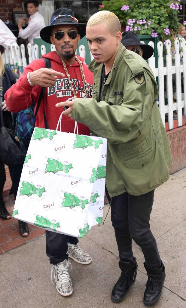 Ashlee Simpson et Evan Ross : déjà les premiers cadeaux pour bébé ?