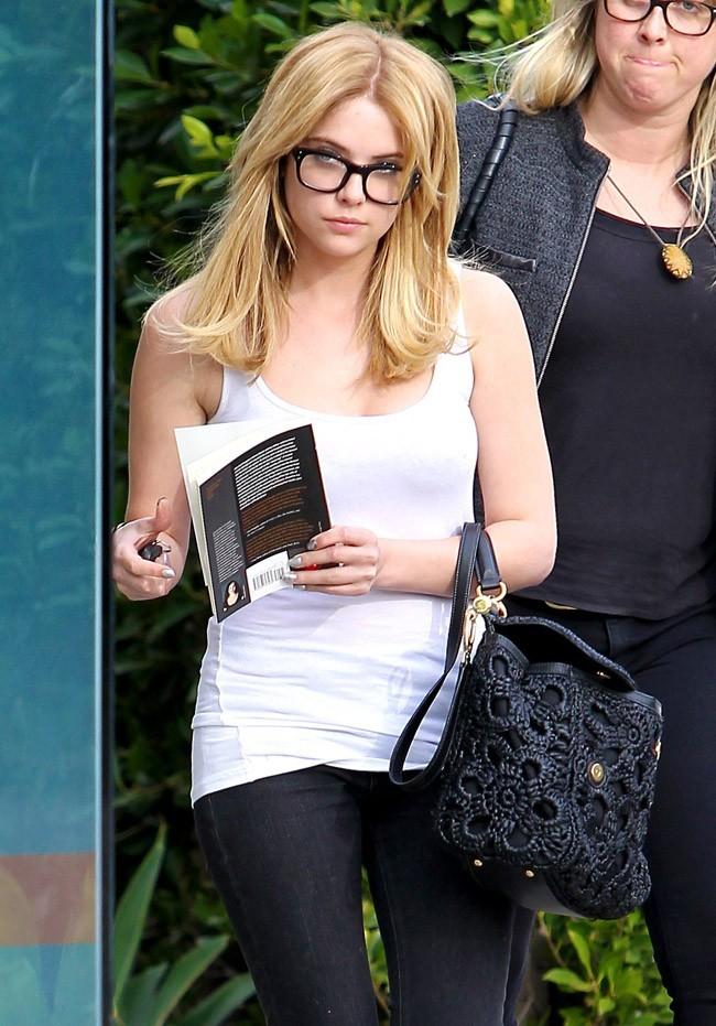 Ashley Benson le 20 mars 2013 à Los Angeles