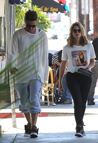 Ashley Benson à Los Angeles le 23 août 2013