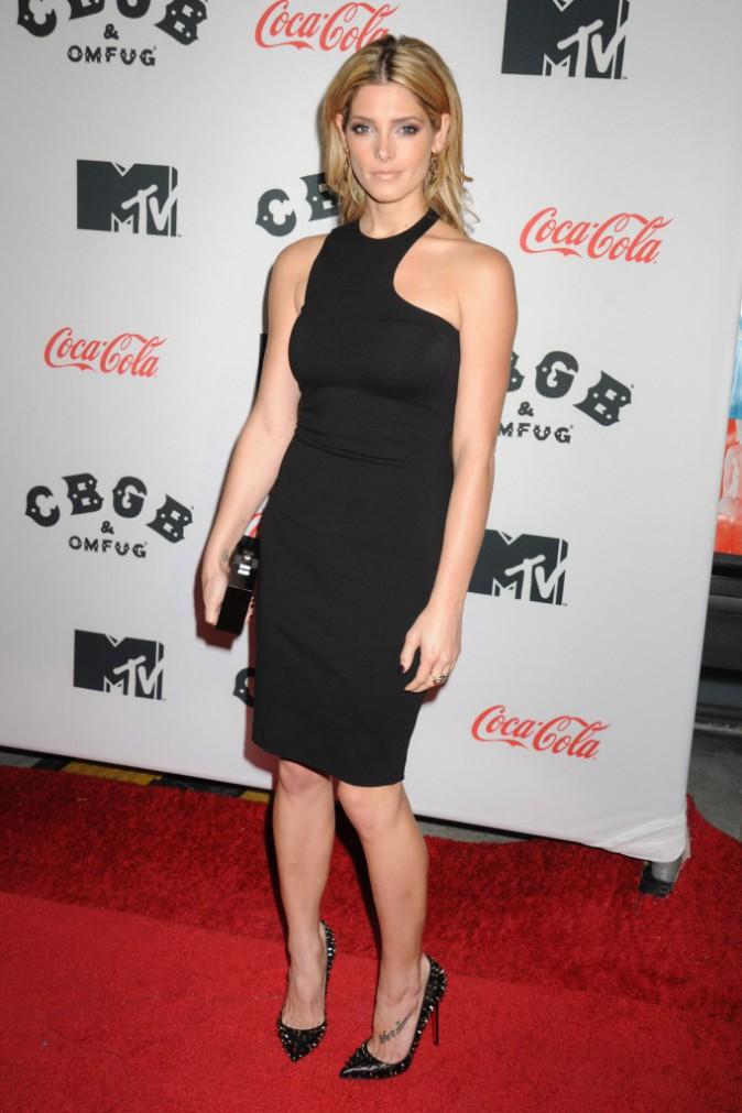 """Ashley Greene lors de la première du film """"CBGB"""" à New York, le 8 octobre 2013."""