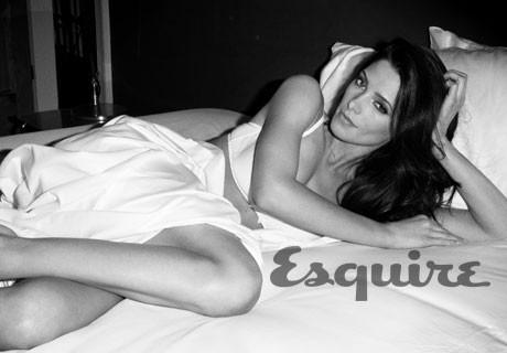 Ashley Greene pour le numéro d'août 2012 d'Esquire