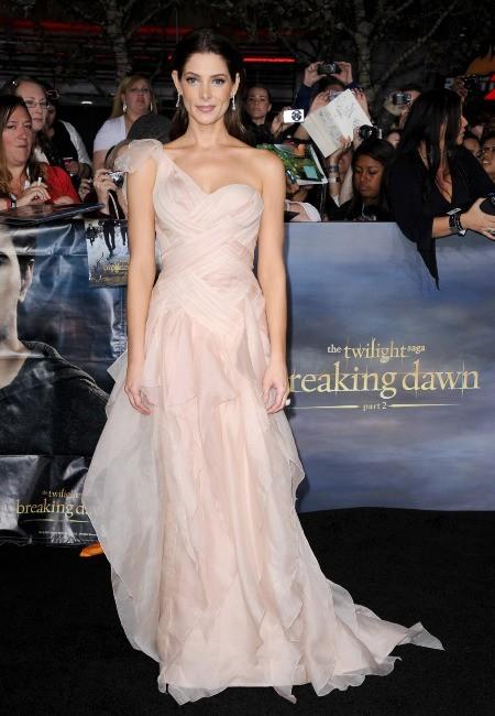 """Ashley Greene lors de la première du dernier volet de """"Twilight"""" à Los Angeles, le 12 novembre 2012."""