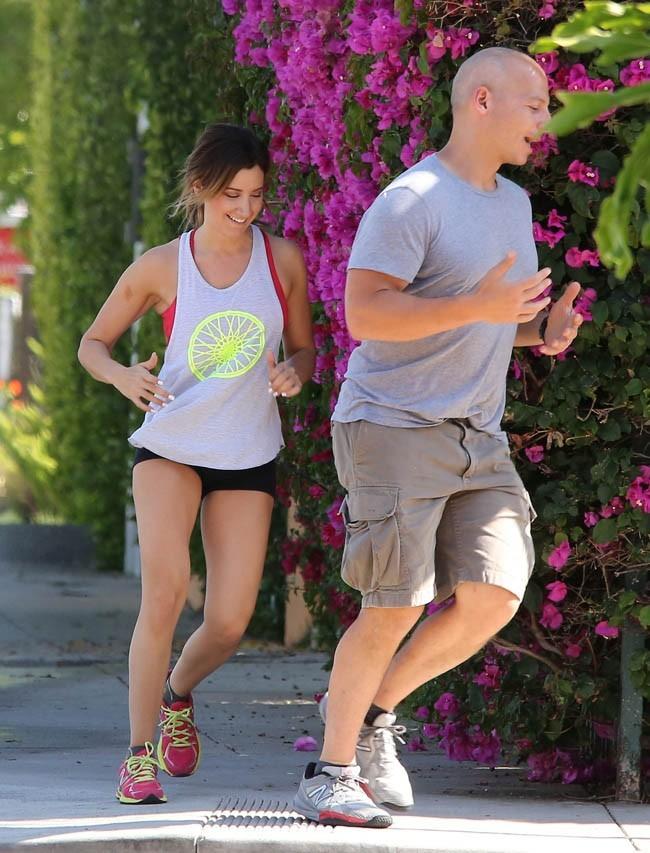 Ashley Tisdale le 20 mai 2013 à West Hollywood