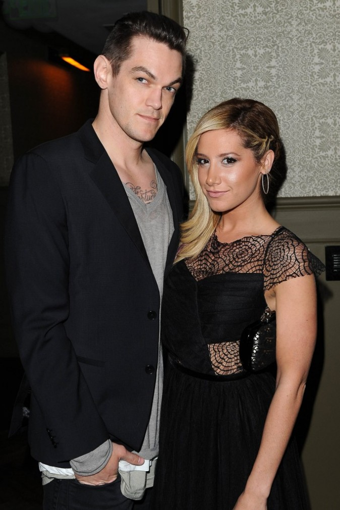 "Ashley Tisdale et Christopher French lors de la soirée ""Nylon Magazine and Coach party"" à Los Angeles, le 29 janvier 2013."