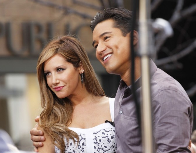 Ashley Tisdale et Mario Lopez à Los Angeles, le 2 avril 2013.