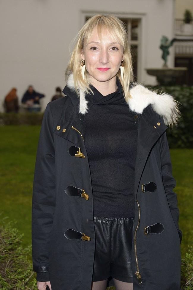 Audrey Lamy au défilé Jitrois à Paris le 6 mars 2013