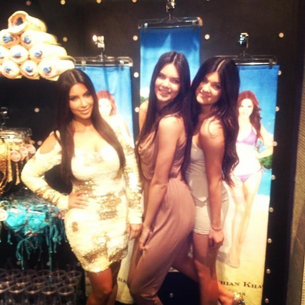 Kendall bien plus grande que Kim !