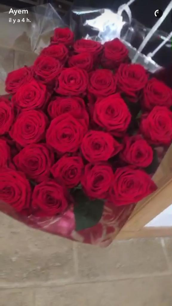 Le bouquet de roses offert par Vincent Miclet