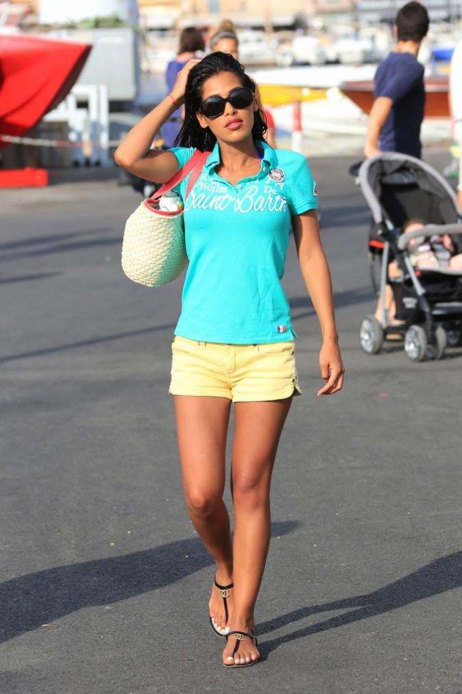 Ayem Nour en vacances à Saint Tropez, le 28 juillet 2013.