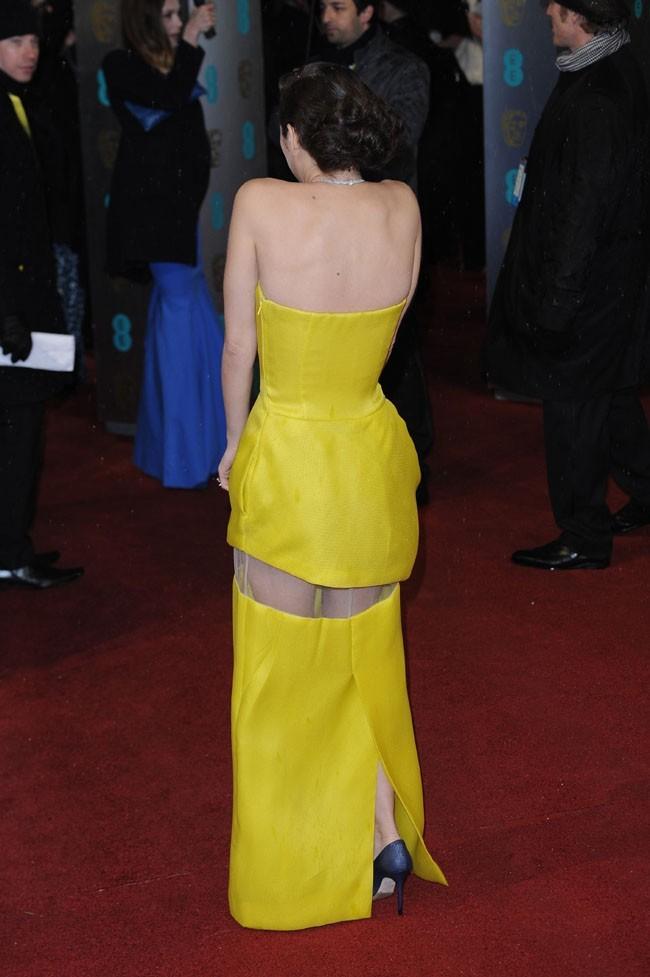 Marion Cotillard sur le tapis rouge des BAFTA Awards de Londres le 10 février 2013