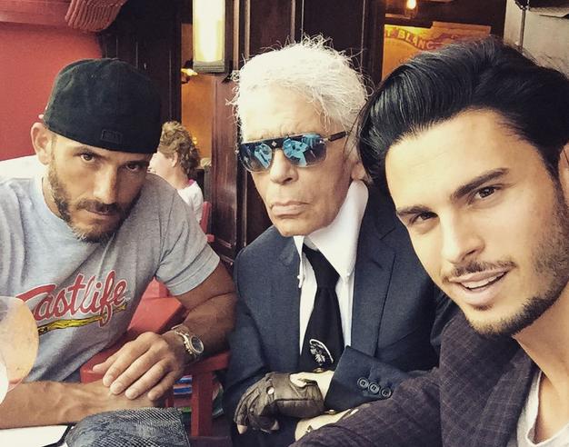 Photos : Baptiste Giabiconi et Karl Lagerfeld : un duo de choc inséparable à Saint-Tropez !