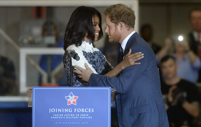 Photos : Barack et Michelle Obama sous le charme du prince Harry !