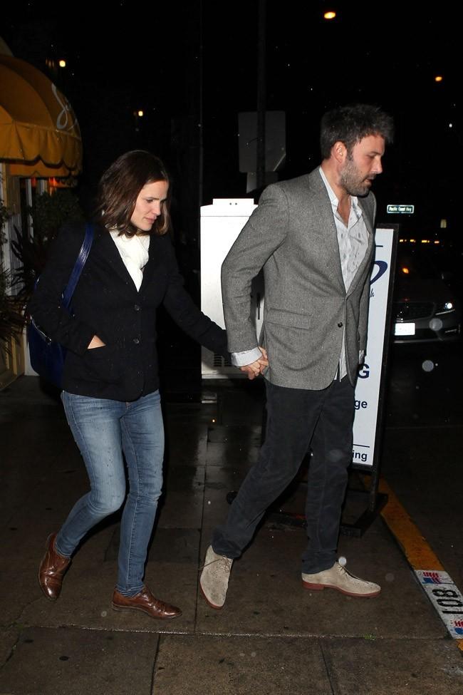 Jennifer Garner et Ben Affleck à la sortie d'un restaurant de Santa Monica le 7 mars 2013