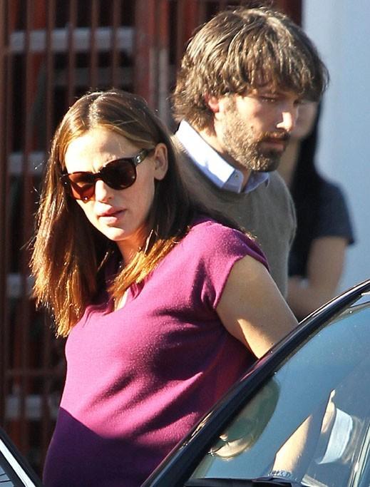 Jennifer va-t-elle lui offrir un rasoir pour Noël ?
