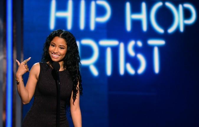 Photos : BET Awards : Nicki Minaj : une beauté sexy et féline pour recevoir ses deux récompenses !