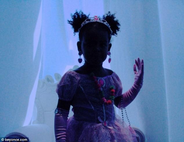 Blue Ivy en princesse le 1er octobre 2014