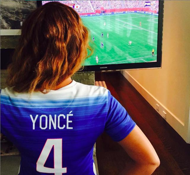 Beyoncé : Avec sa fille, ce sont de vraies fans de football féminin !